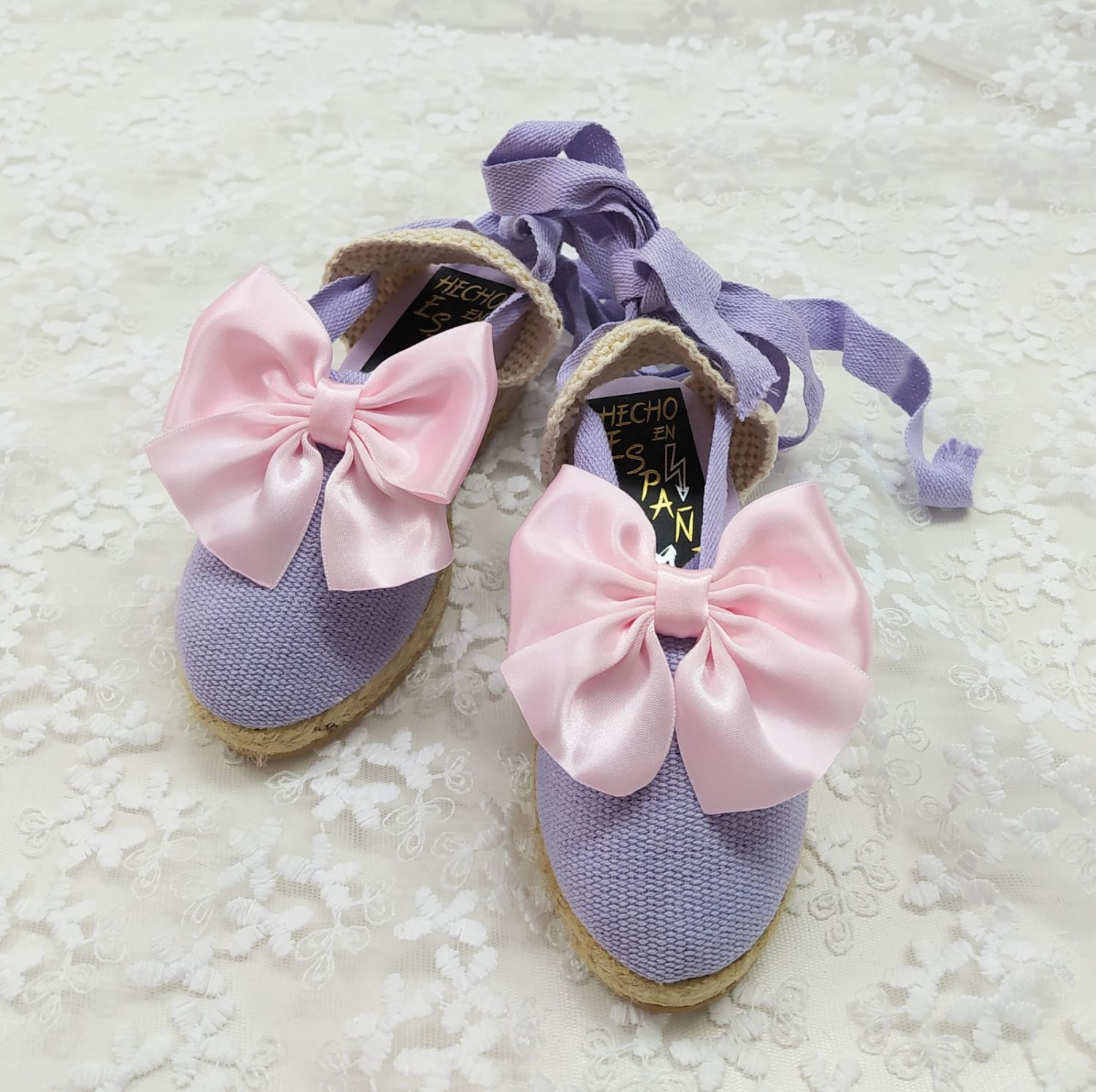 LILAC SUMMER SHOES + PINK BOW | VE21-31